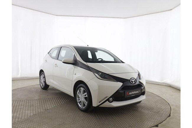 Toyota Aygo 1.0 x-play touch
